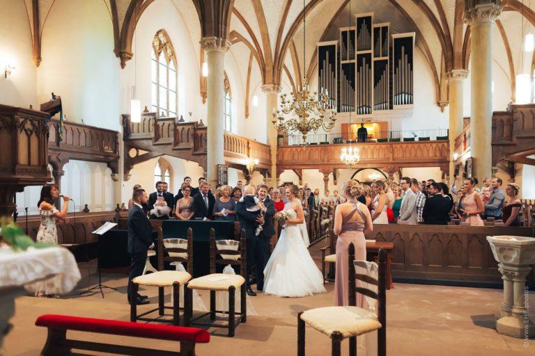 Sängerin für Kirche (Fotos) Hochzeit
